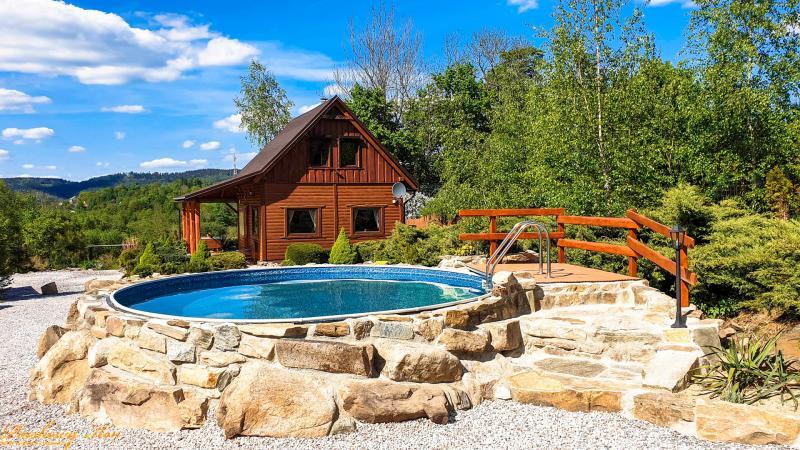 Sandy Horse 'Bakalia' Cottage for 6 people